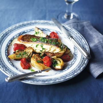 Halibut with fennel, olives and tomato