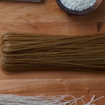 Naeng-myeon noodles
